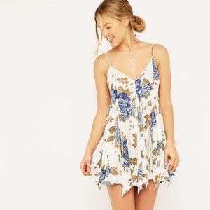 Alyson floral Tank by Free People. size Small